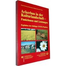 Ackerbau in der Kulturlandschaft